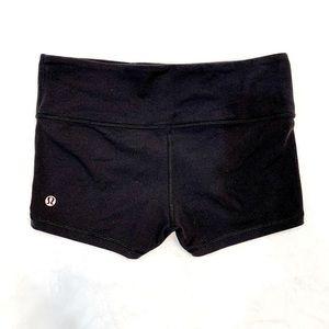lululemon boogie women's shorts Size 6